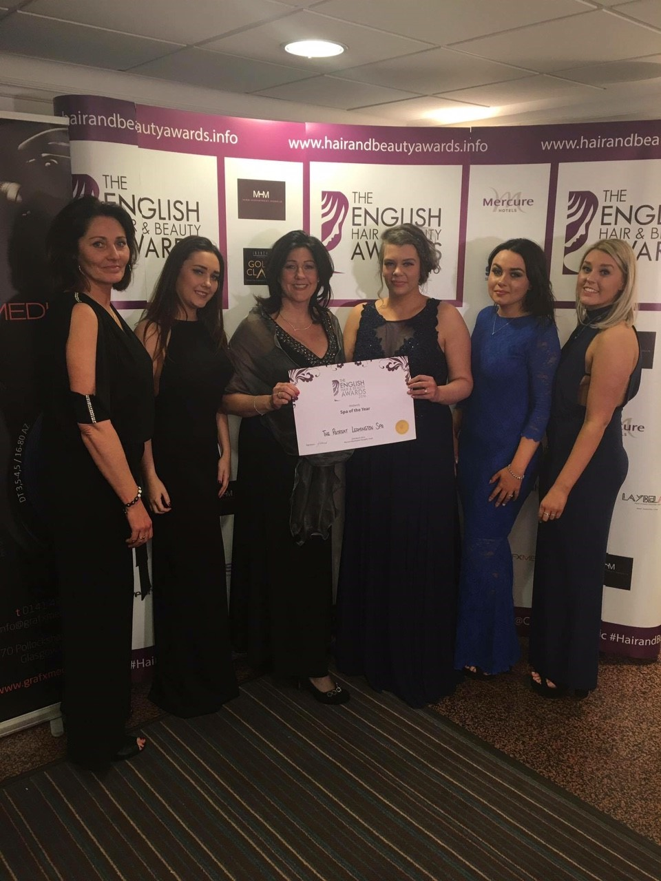 Carol Thomas, Beth Parnell, Hazel Twite (owner), Tracie Dyer (owner), Rebecca Twite, Chrissie Thompson